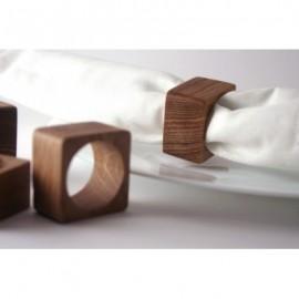 Ronds de serviettes carrés